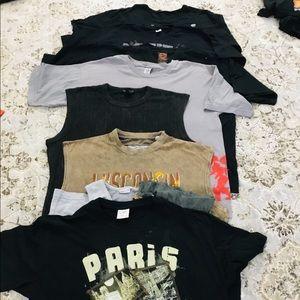Bundle of men t shirts